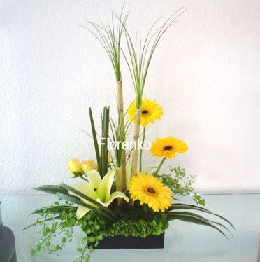 186 best arreglos florales images on pinterest floral - Arreglos florales artificiales modernos ...