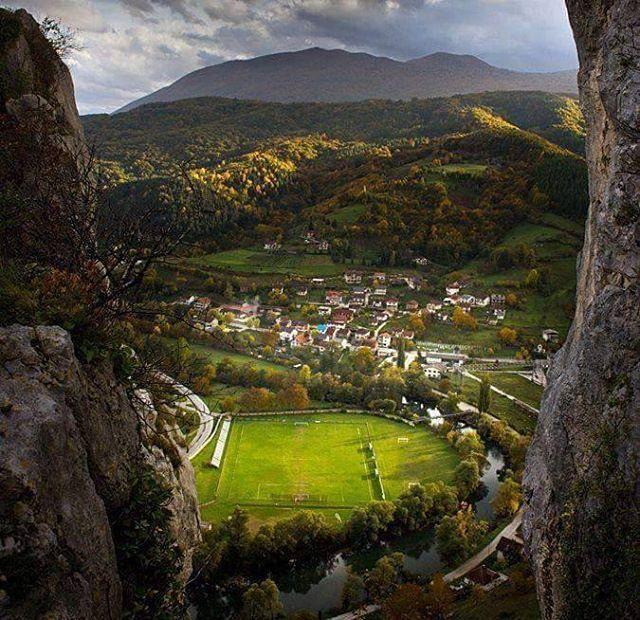 En uygun fiyatlı Bosna Hersek turları için www.ercintur.com #ercintur #bosna #bosnahersek #balkan #balkanlar #balkans #tur #turizm #turist #seyahat #acenta #gezi #sehir #city #turistikyerler #doğa #doga #rehber #tatil #islami #islamitur #islamic #islamictourism #islamictour #tour