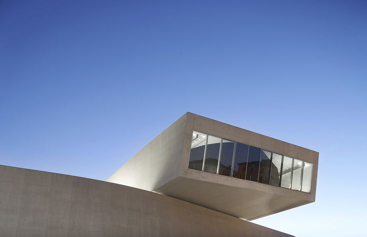 Hufton + Crow  Image  2- 24IndexThumbs  Project  MAXXI Gallery  Architect/Client  Zaha Hadid Architects  Location  Rome - Italy
