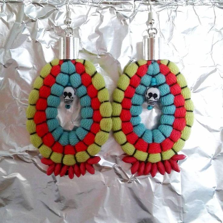 #kolczyki #czacha #czaszki #kolorowo #etno #etnostyle #boho #bohostyle #earrings  #bohojewelry #colours #recycling #upcycling #upcycledjewelry #fabricjewelry #smietki