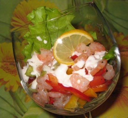 Салат кукуруза с луком