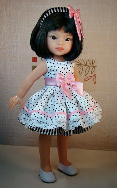 Dress with dots for Paola Reina doll