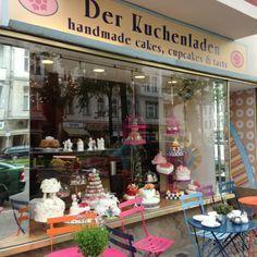 BERLIN-Charlottenburg am S-Bhf. Savignyplatz: Der Kuchenladen - für alle, die Süsses lieben :-)