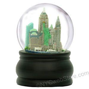 100mm New York Snow Globe, Wood Base, Large Vintage Musical NYC Snow Globes