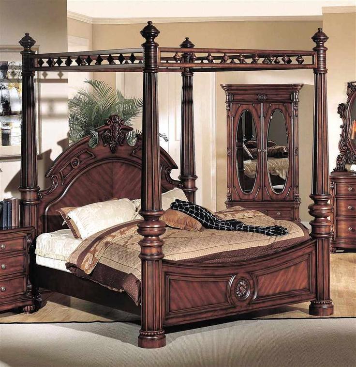 Corina Canopy Bed