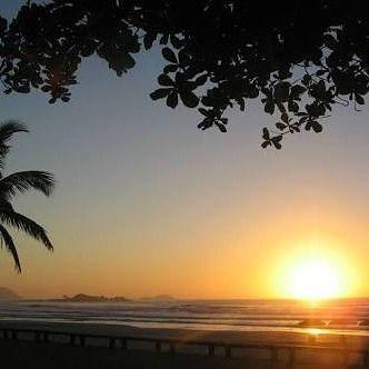 Que o sol seja energia constante na sua vida mesmo em dias de chuvas e muitas trovoadas.  Bom dia AMIGOS DO MUNDO! @anjabarroso