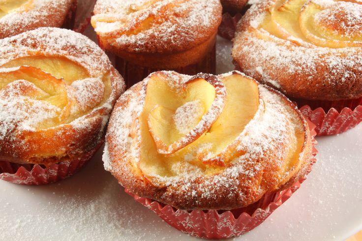 Egy finom Fahéjas-almás muffin ebédre vagy vacsorára? Fahéjas-almás muffin Receptek a Mindmegette.hu Recept gyűjteményében!