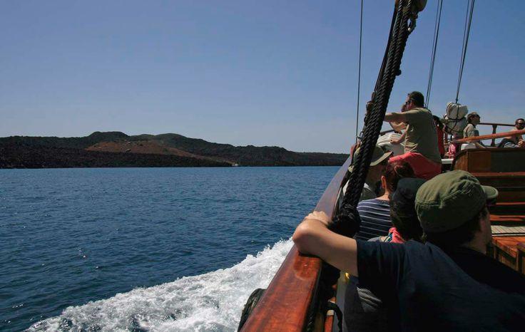 N. Kameni - Therassia: day trip to the volcano of Santorini