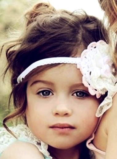 Flower girl flower headband Toni Kami ❀Flower❀Girls❀ wedding hair flowers beautiful photography idea cute