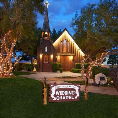Little Church Of The West- Vegas Wedding Chapel