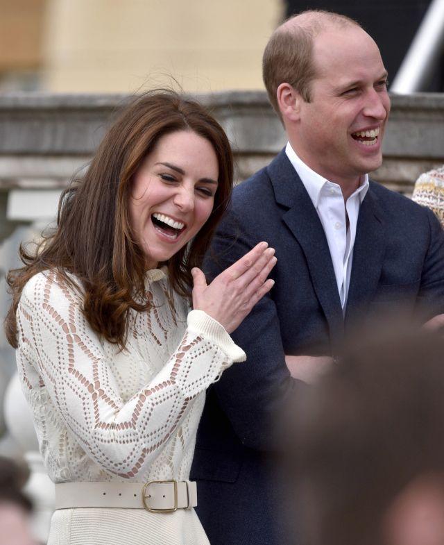 Vojvodkyňa Kate nemá zábrany, porušila pravidlá: Intímnosti s Williamom, videla toto kráľovná Alžbeta? | Casprezeny.sk