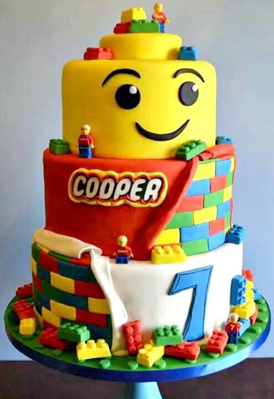 Le G 226 Teau Lego Qui Sourit Momes Net Gato