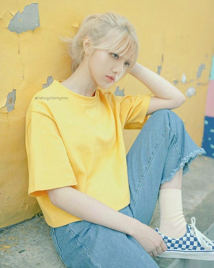 Yellow Is Pretty Lisa Is Gorgeous Please Repost With Credits