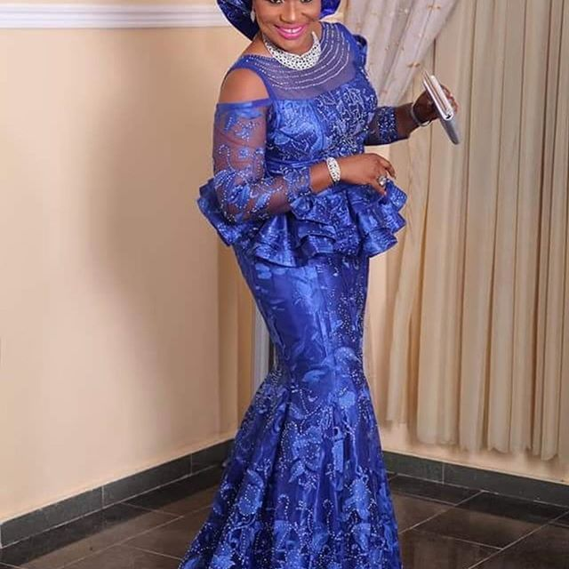 Super Classic And Gorgeous Aso Ebi Lace Styles For Wedding Guests Nigerian Lace Styles African Lace Styles Aso Ebi Lace Styles