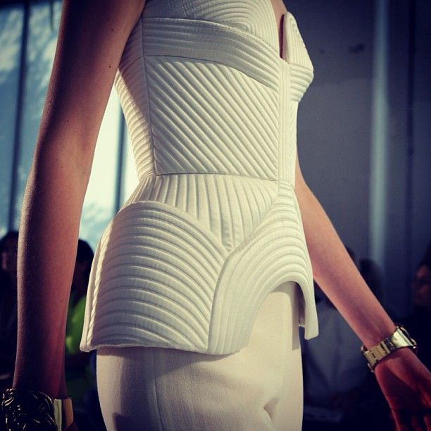 Sass and Bide ss 2014 - more dreaming this evening for this sexy piece!