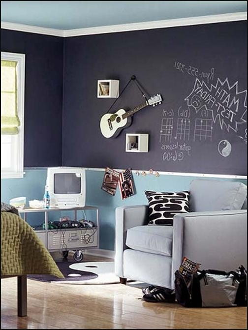 boys bedroom decorating ideas in musical boy decorated bedroom i like the chalkboard wall