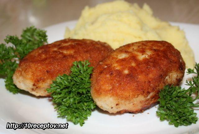 Котлеты из куринного фарша и картофеля