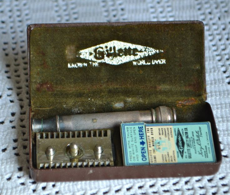 """VINTAGE GILLETTE RAZOR  Vintage Gillette Razor  Original Case Marked """"Gillette"""" Made in Canada Old Fashioned Safety Razor True Blue Blades by StudioVintage on Etsy"""