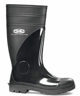 Резиновые сапоги или рабочая одежда обувь