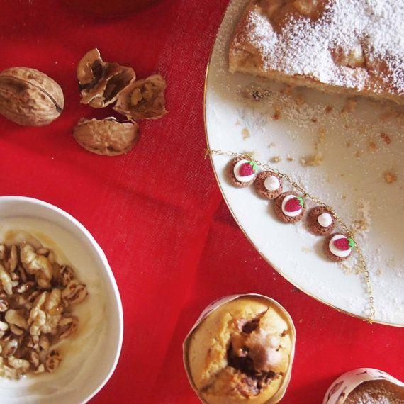 di potpourridesignstore su Etsy #promo #sconto #ultimi #regali #natale #idearegalo #christmas #present #bracciale #biscotti #strawberry #cream #dolci #dolcetti #pacchetti #albero #fimo #caffè #jewelry #gioielli #artigianali #bigiotteria #handmade