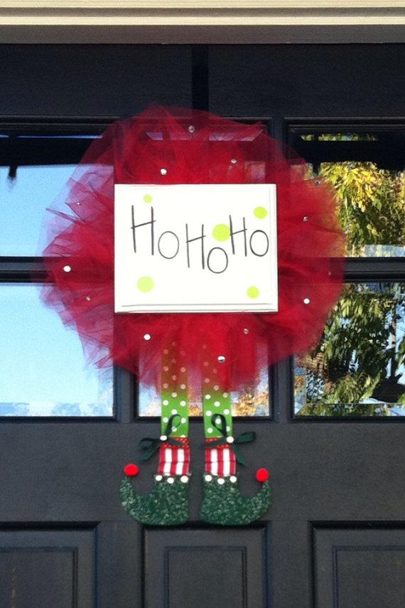 elf wreath & door decor #ho_ho_ho #santa