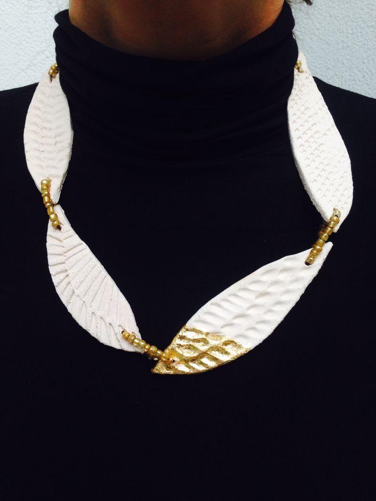 Ceramic necklace by Laura Venizelou