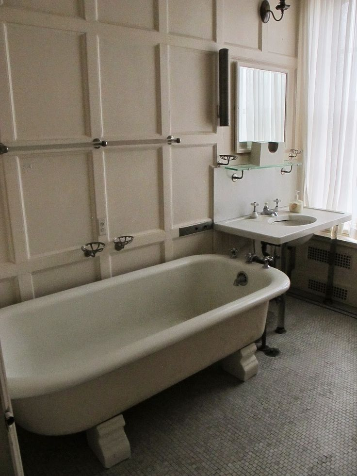 169 Best Images About Bathrooms Before 1960 On Pinterest Art Deco Bathroom Villas And Art Deco