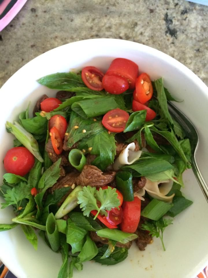 marinate beef in thai sauce. Stir fry beef and add prepared shallot, cherry tomatoes, mint, basil and cooked rice paper noodles.