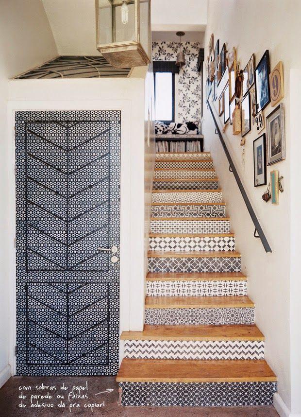 Repaginando a escada com papel de parede!!