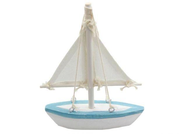 9,99 zł: Drewniany statek morski  Cena za sztukę to jedyne: 9,99zł!    Wysokość 16cm, długość 14cm.  Statek wygląda jak na zdjęciu poniżej.  Wykonany z drewna.  Ręcznie malowany.    Idealny do sprzedaży na pla...