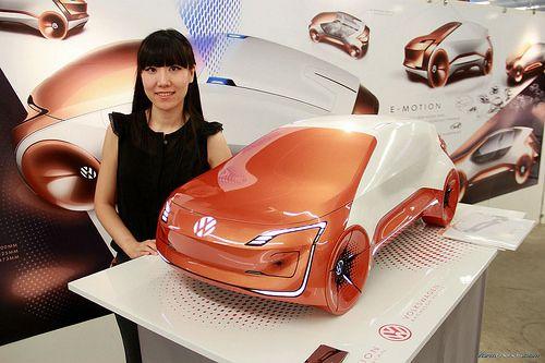 Volkswagen E-Motion concept by Nian Koukou