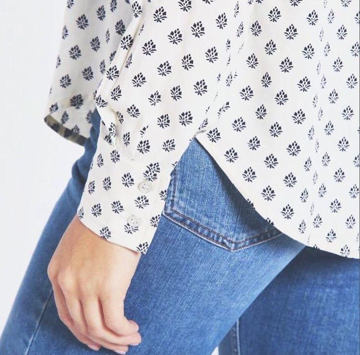 Dot Flower shirt 🌸