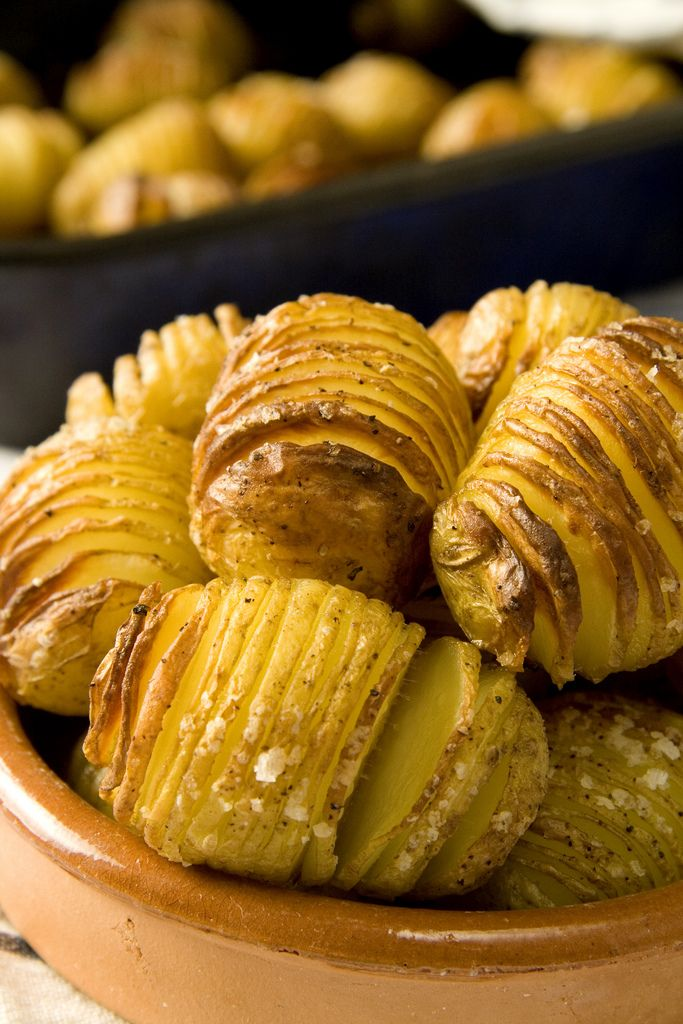 Crispy Hasselback Potatoes | DonalSkehan.com - making these for Easter tomorrow instead of scalloped potatoes