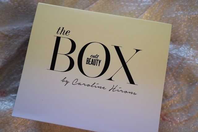 New Post in on my Blog (link in my Bio) and it is all about the new Cult Beauty x Caroline Hirons Beauty Box!