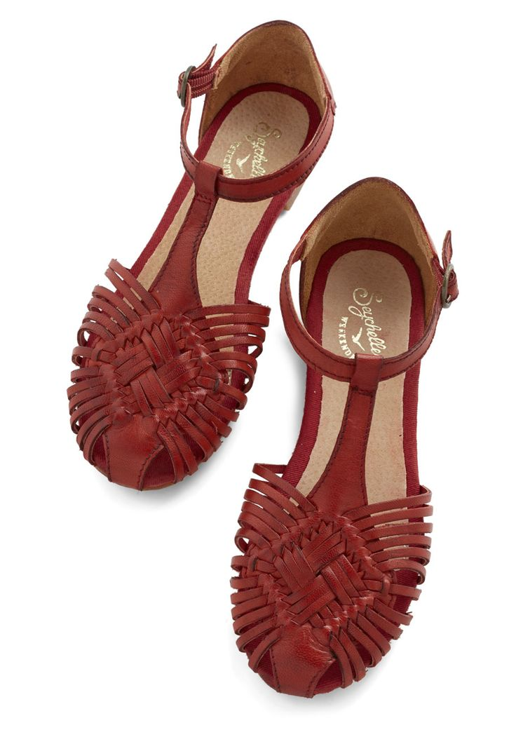 Holdin' My Breath Sandal in Red -Modcloth