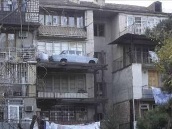Appartamento con posto auto...