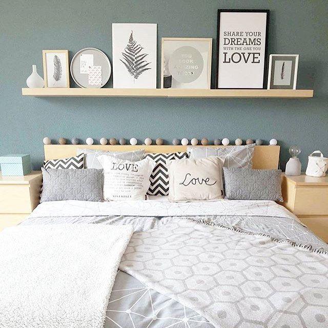 Le gris bleuté donne à cette chambre une sensation de douceur atmosphere snug