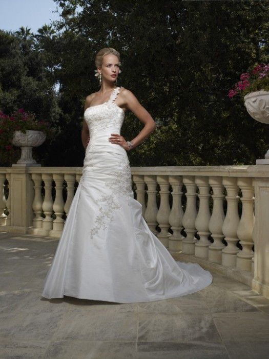 76 Best Casablanca Bridal Gowns Images On Pinterest