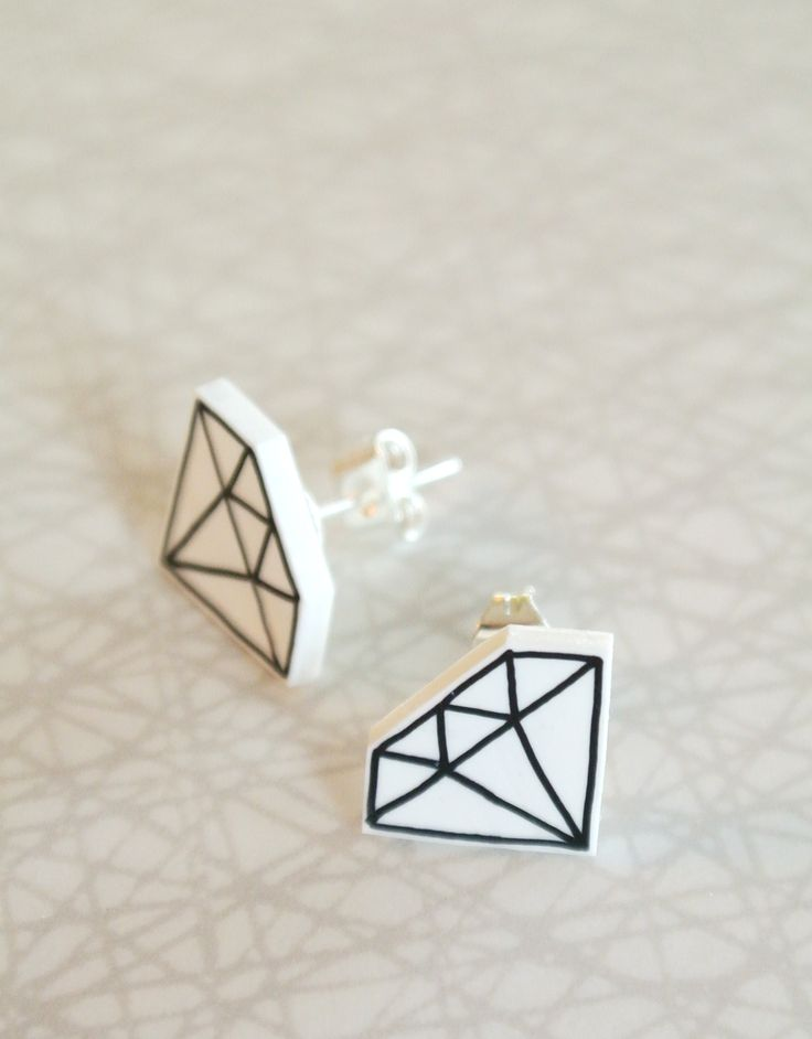 Diamant : earrings / www.ochform.se