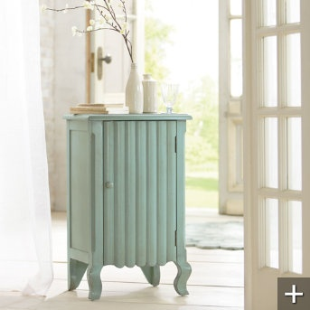 Toooooo cute!Paint Furniture, Chest 249 00, Flip Decor, Painting Furniture, Style Bazaars, Scallops Chest Looks, Scallops Chestlook, Furniture Ideas, Offices Furniture