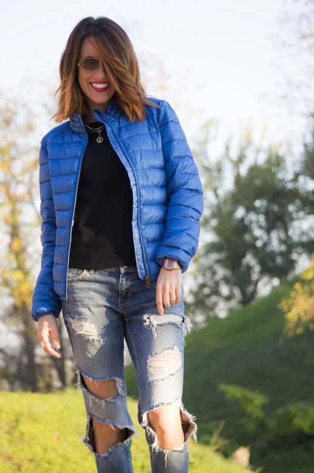 Valentina di Rosso Valentina Blog indossa la collana #rainbow di Birikini #sonobirikina #birikinidonna #birikiniblogger