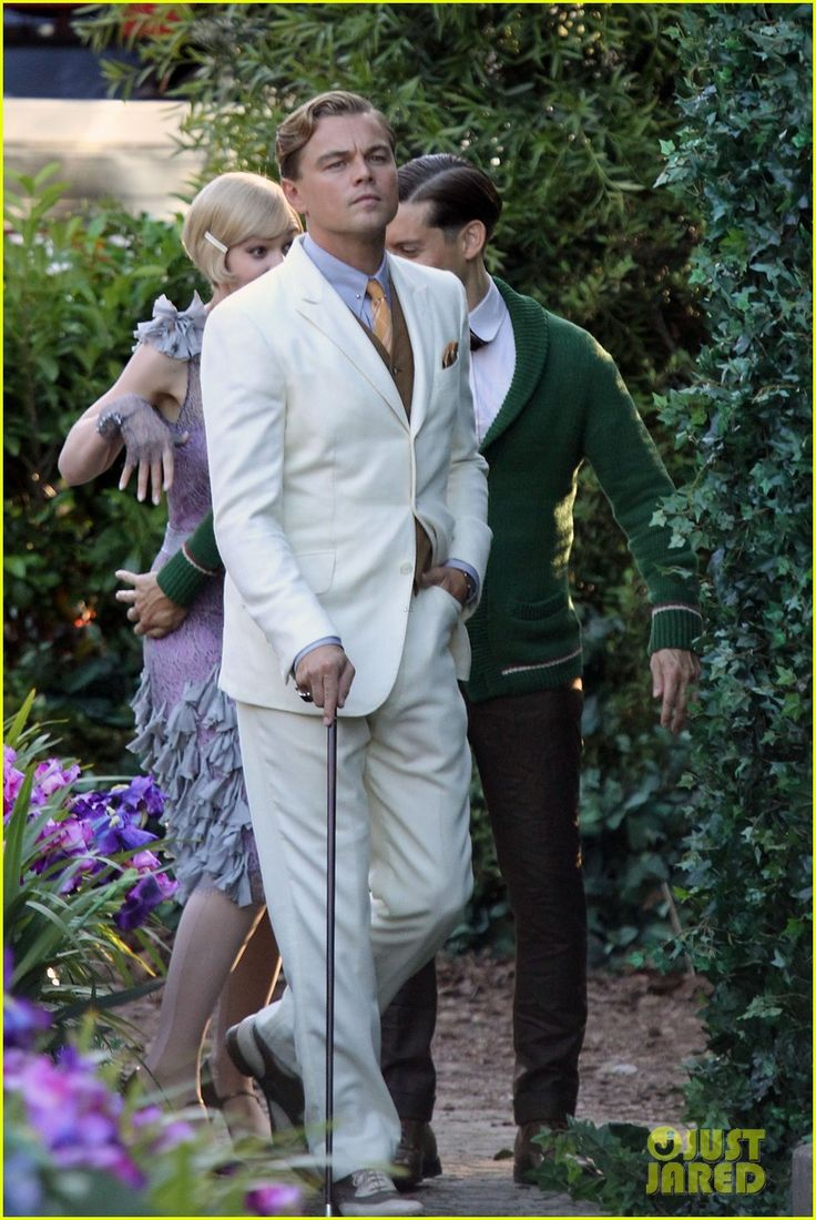Leo is in full Gatsby mode - pictures from the set! Movie opens May 10th-- this retelling helmed by Baz Luhrmann starring Leonardo DiCaprio, Carey Mulligan and Tobey Maguire cavorting across a pastiche of flashy period backgrounds against the music of Beyonce and Bryan Ferry (and, of course, Jay Z). All this promises an edgy contemporary movie about young people with big dreams.: The Great Gatsby, Gatsby 2012, Jay Gatsby, Goodbi Gatsby, Leonardo Decaprio, Stars Leonardo, Men'S Fashion, Leonardo Dicaprio, Leo Dicaprio