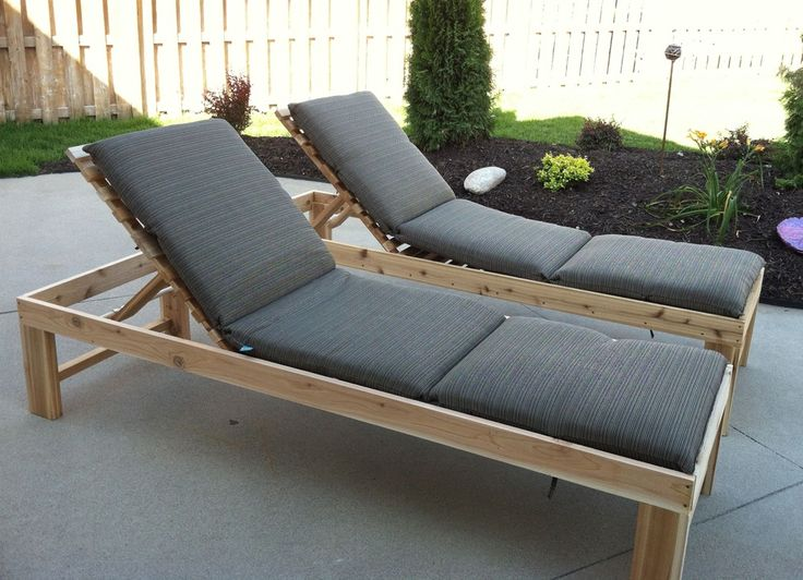 Best 25 pallet chaise lounges ideas on pinterest pool for Build outdoor chaise lounge