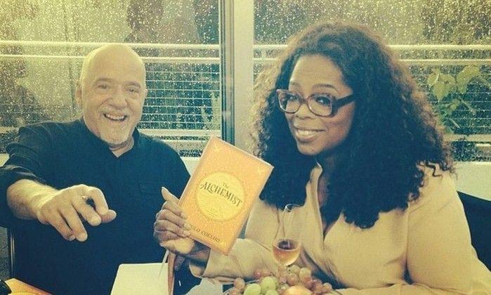 Oprah Winfrey publica foto com Paulo Coelho: 'Um dos meus autores favoritos' - Jornal O Globo