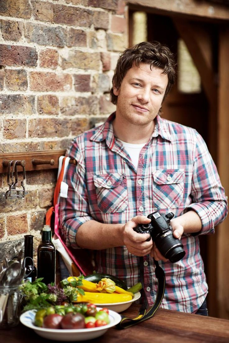 My favorite celebrity chef, Jamie Oliver uses a Nikon