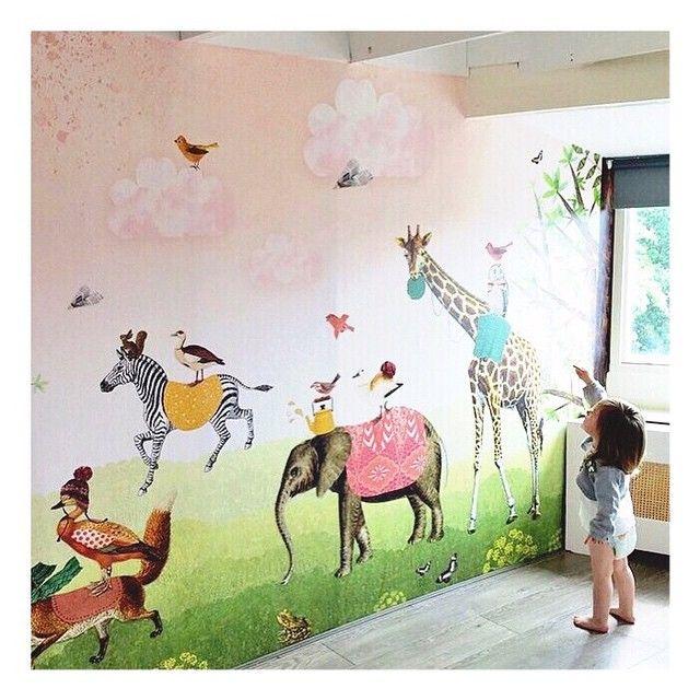 #Mural #kids #kinderbehang   Pimpelmees via Kinderkamerstylist