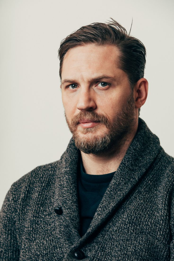 Andrew White Photographed the charming Tom Hardy for The New York Times 8 gennaio 2017 http://andrewwhite.tumblr.com/post/155733284684/photographed-the-charming-tom-hardy-for-the-new #tomhardy #taboo
