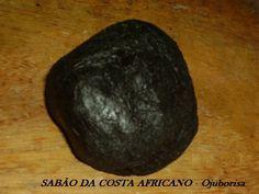 SABÃO DA COSTA CASEIRO NÃO RELIGIOSO. INGREDIENTES: Óleo (dê preferência ao de coco), ou ainda a Manteiga de Karité. Ao invés de usar soda caustica que danifica a pele, use as cinzas de madeira. Pa…
