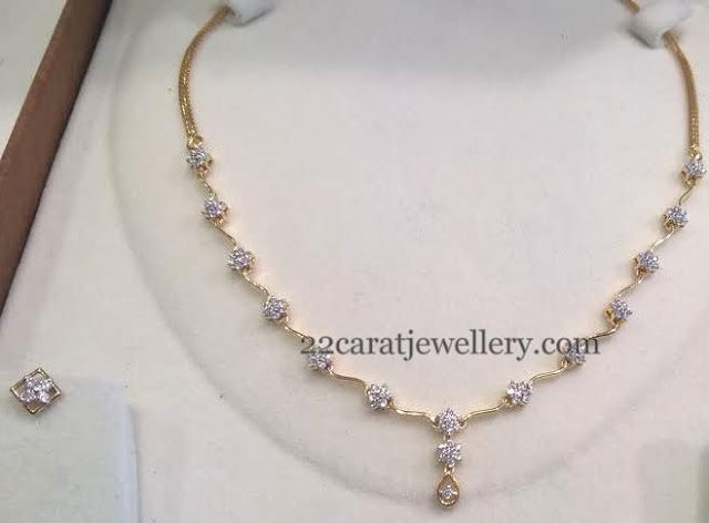 Jewellery Designs: Very Less Weight Diamond Sets