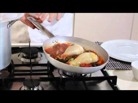 Cacciatora di pollo in concassé cubettata e olive toscanelle - #Cirio http://www.cirio.it/pdf/ricetta-cirio-pollo.pdf